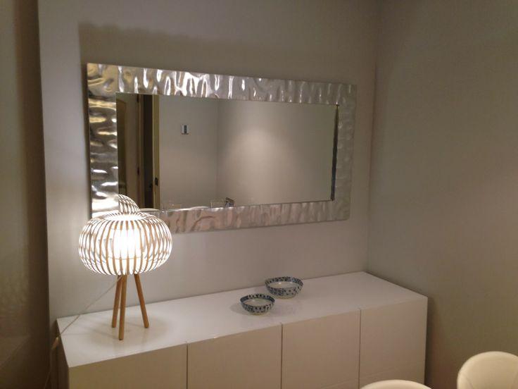 Tonos dorados y plateados para decorar interiorismo blog for Marcos para espejos de pared