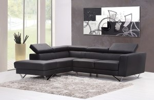 sofa-pared-oscura-con-cuadro-blog