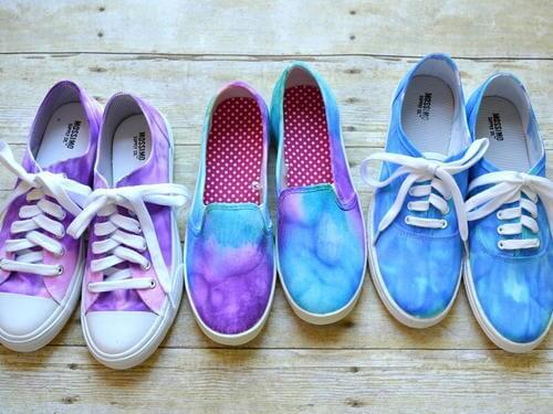 DIY-Tie-Dye-zapatillas