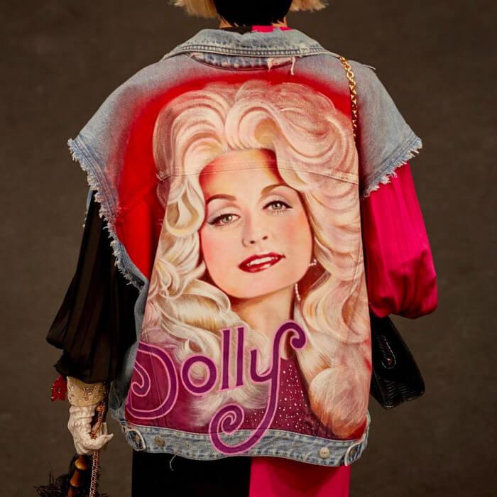 25-gucci-dolly-parton-jacket.w700.h700