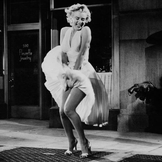 La tentación vive arriba (1955).